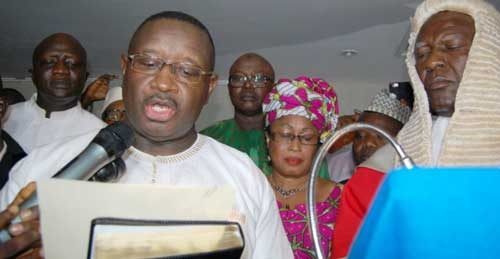 Main opposition candidate sworn in as Sierra Leone president