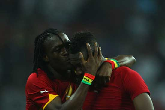 Derek Boateng (L) with Asamaoh Gyan. Image credit - News wires