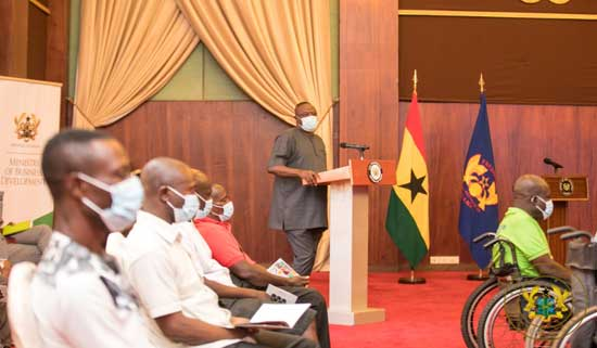 President Akufo-Addo Presents Gh¢2 Million To 1,000 Disabled Male Entrepreneurs